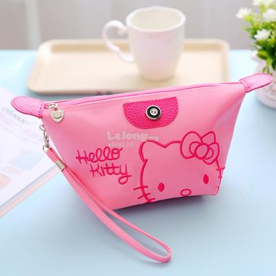 HELLO KITTY PORTABLE COSMETICS (MAKE-UP) BAG (1 PIECE)