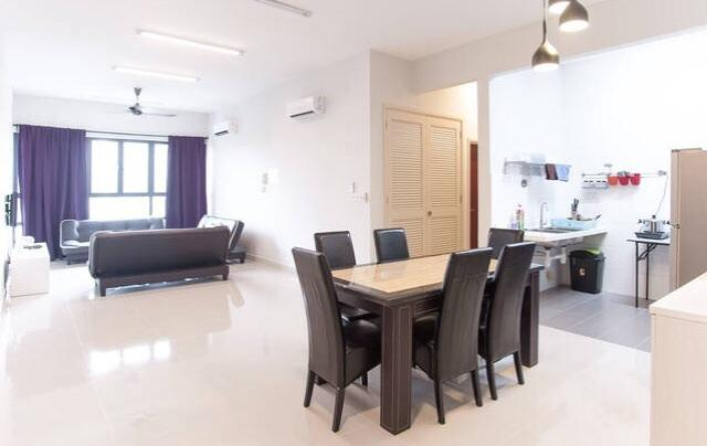 KM1 Luxury Condo for sale, 2 car parks, Fully Furnished, Bukit Jalil