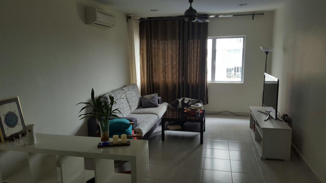 Koi Kinrara Suites for rent, 2 Car Parks, Partly Furnished, Puchong