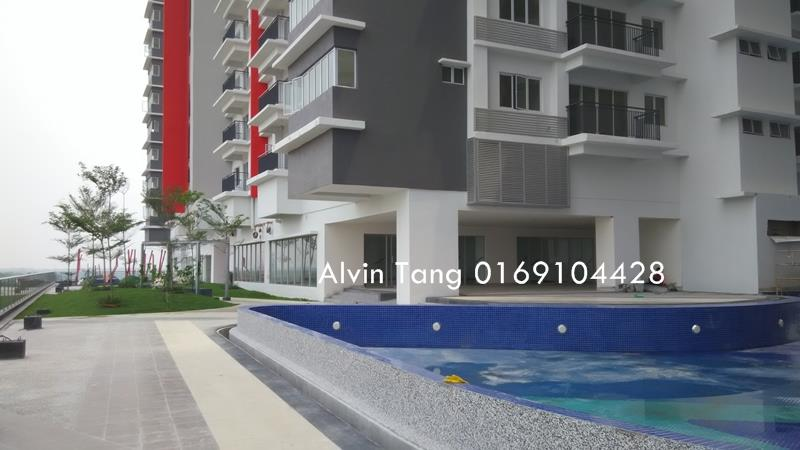 Koi Prima Condo for rent, 2 Car Parks, Near Mahsa University, Puchong