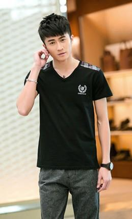 Korea Style Plaid Men T-shirt (Black)