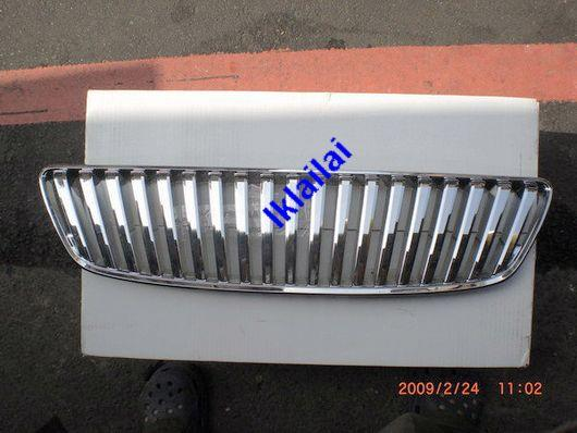 Lexus IS200 Front Grille