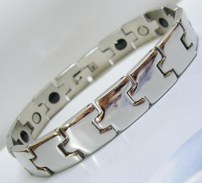 MATRIZX SV Stainless Steel Magnetic Bracelet Therapy Arthritis Pain.