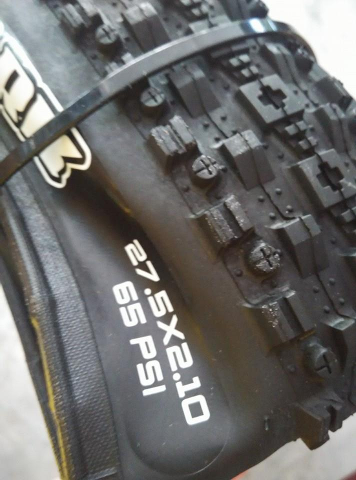 MAXXIS FOLDING TYPE TAYER/ TYRE  MOUNTAIN BIKE 27.5'