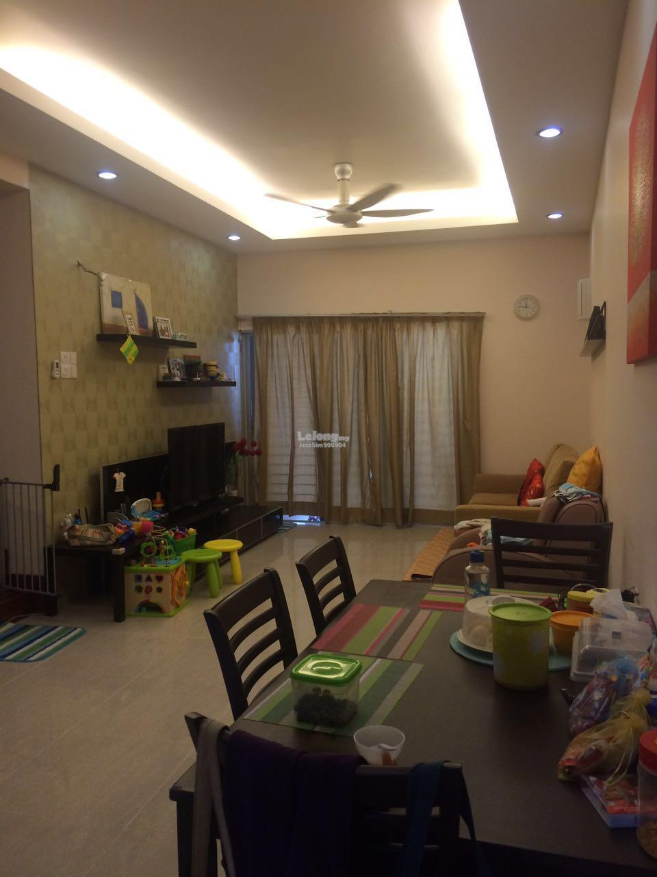 Merdu Idaman Move in condition Townhouse