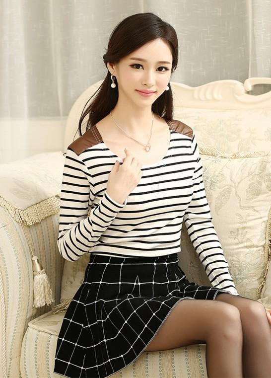 Navy Stripe Long-sleeve Blouse (Black)