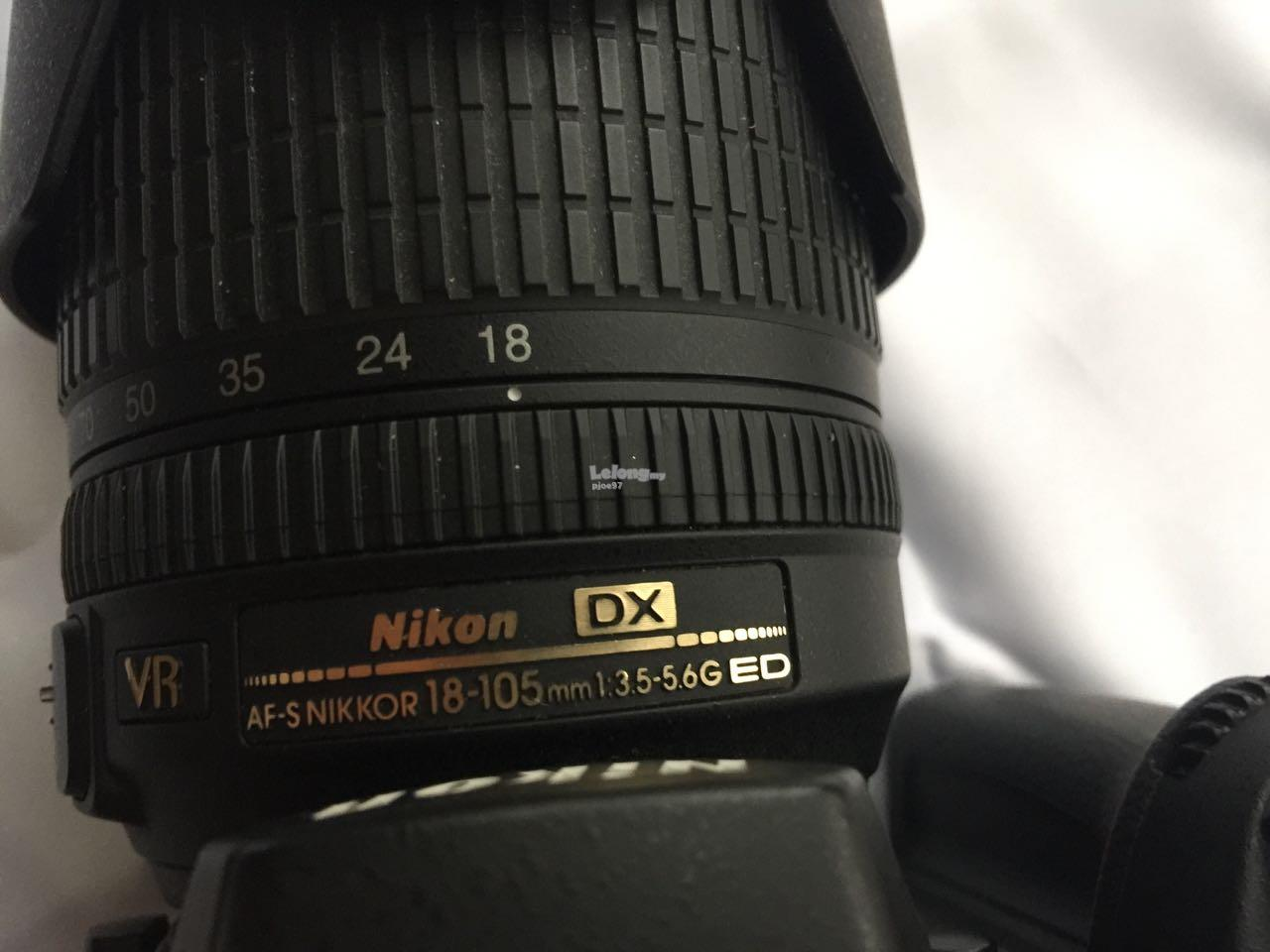 Nikon D90 with 18-105mm Lense complete with original acessories