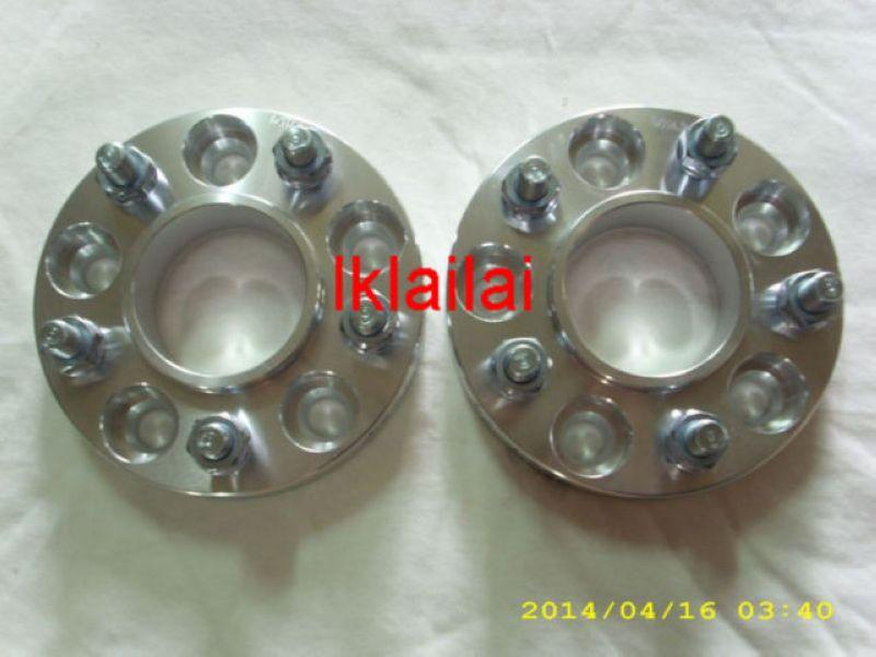 PCD 5x114.3 Wheel Spacers 30mm Thickness M12x1.5mm w Center Cone