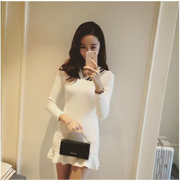 Perfectly Easy-on Everyday Long Sleeved Dress WHITE