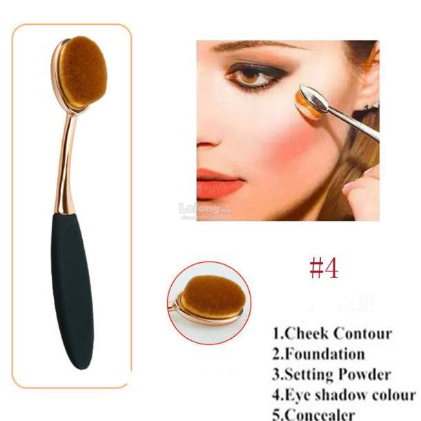 Professional Big Oval Brush Foundation Make Up Loose Powder Brush