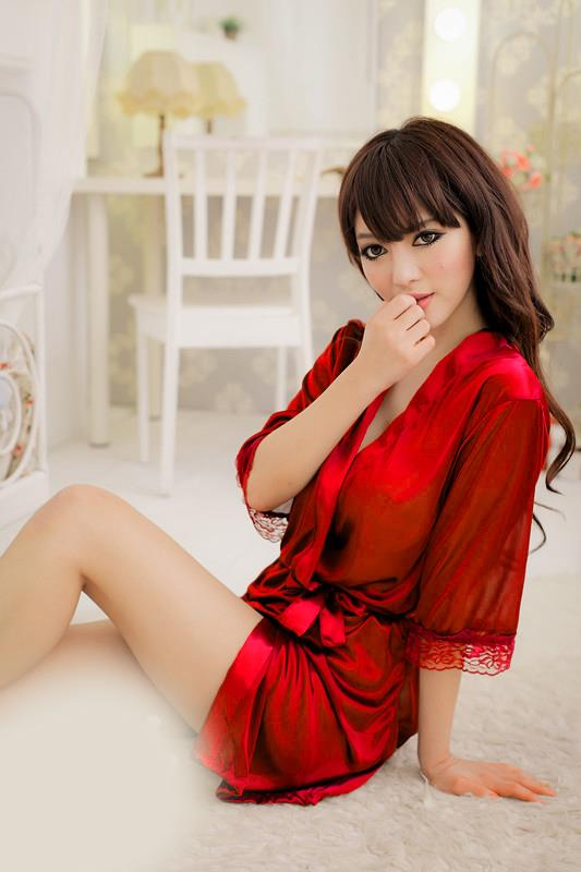 Romantic Ice Silk Bathrobe With Belt (Red)