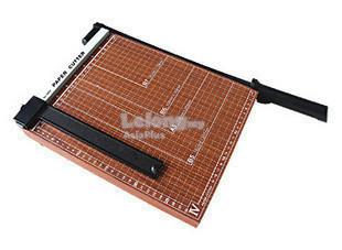 ROYALTECH DESKTOP MANUAL PAPER CUTTER - RTDPCA4(WOOD)