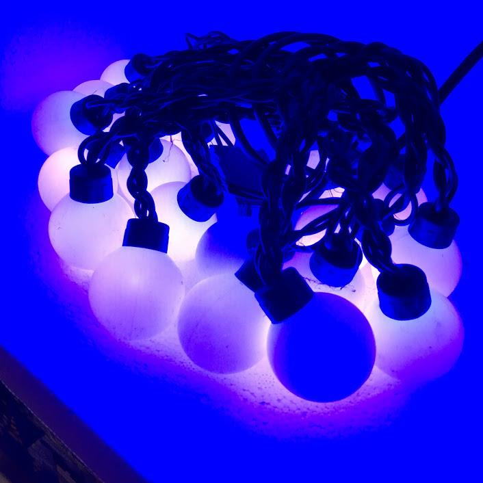 Semi Waterproof Black Wire Round 20LED Ball 5Meter