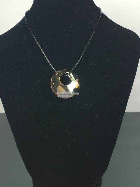 SWAROVSKI CRYSTAL ROUND CIRCLE NECKLACE SET