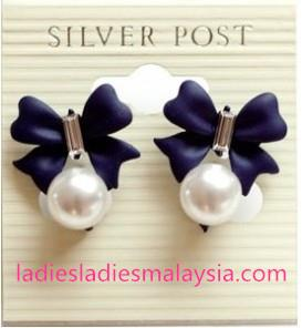 Sweet Bowknot Pearl Earrings