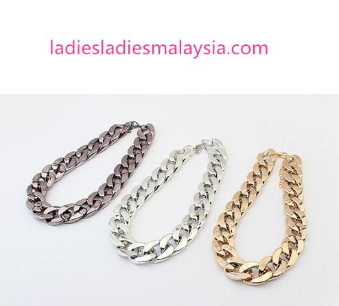 Western Style Fashion Chain Necklaces